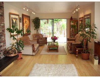 Photo 4: 1569 WHITESAILS Drive: Bowen Island House for sale : MLS®# V796693