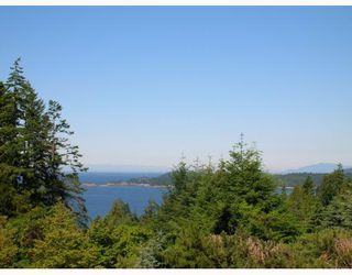 Photo 1: 1569 WHITESAILS Drive: Bowen Island House for sale : MLS®# V796693
