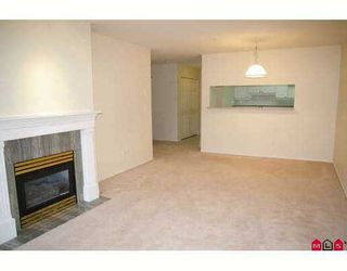 "Photo 3: 201 8976 208TH Street in Langley: Walnut Grove Condo for sale in ""OAKRIDGE"" : MLS®# F2710862"