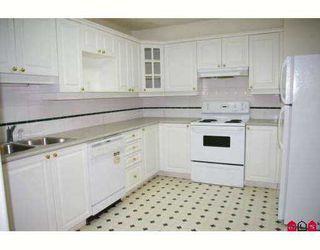 "Photo 2: 201 8976 208TH Street in Langley: Walnut Grove Condo for sale in ""OAKRIDGE"" : MLS®# F2710862"