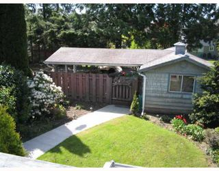 Photo 3: 1347 DOVERCOURT Road in North_Vancouver: Lynn Valley House for sale (North Vancouver)  : MLS®# V648033
