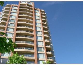 "Photo 1: 505 4657 HAZEL Street in Burnaby: Forest Glen BS Condo for sale in ""THE LEXINGTON"" (Burnaby South)  : MLS®# V657971"
