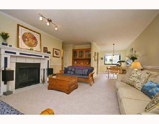 Photo 2: 11772 KINGSBRIDGE Drive in Richmond: Ironwood Townhouse for sale : MLS®# V672931
