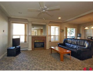 Photo 7: 15791 87A Avenue in Surrey: Fleetwood Tynehead House for sale : MLS®# F2804374