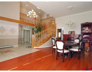Photo 6: 15791 87A Avenue in Surrey: Fleetwood Tynehead House for sale : MLS®# F2804374