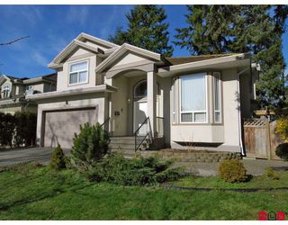 Photo 1: 15791 87A Avenue in Surrey: Fleetwood Tynehead House for sale : MLS®# F2804374
