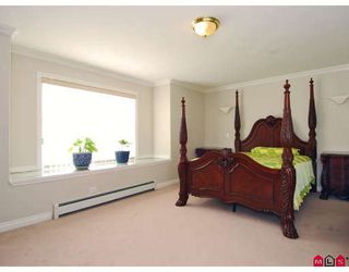 Photo 9: 15791 87A Avenue in Surrey: Fleetwood Tynehead House for sale : MLS®# F2804374