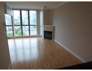 "Photo 3: 1602 928 RICHARDS Street in Vancouver: Downtown VW Condo for sale in ""THE SAVOY"" (Vancouver West)  : MLS®# V705227"