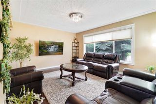 Photo 3: 10419 52 Avenue in Edmonton: Zone 15 House for sale : MLS®# E4170417