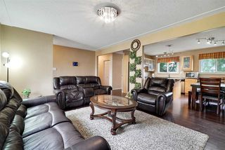 Photo 4: 10419 52 Avenue in Edmonton: Zone 15 House for sale : MLS®# E4170417