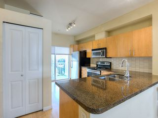 "Photo 7: 34 935 EWEN Avenue in New Westminster: Queensborough Townhouse for sale in ""COOPERS LANDING"" : MLS®# R2443218"