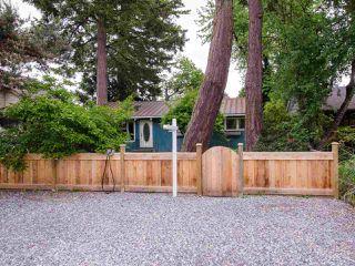 "Photo 3: 222 66 Street in Delta: Boundary Beach House for sale in ""BOUNDARY BAY"" (Tsawwassen)  : MLS®# R2457378"