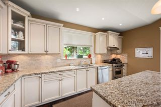 Photo 10: 8873 TRATTLE Street in Langley: Fort Langley House for sale : MLS®# R2468493
