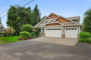 Photo 3: 8873 TRATTLE Street in Langley: Fort Langley House for sale : MLS®# R2468493