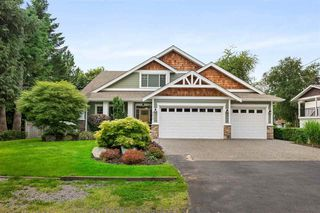 Photo 1: 8873 TRATTLE Street in Langley: Fort Langley House for sale : MLS®# R2468493
