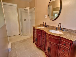 Photo 15: 998 Conifer Street: Sherwood Park House for sale : MLS®# E4209812