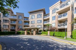 "Photo 18: 201 2559 PARKVIEW Lane in Port Coquitlam: Central Pt Coquitlam Condo for sale in ""THE CRESCENT"" : MLS®# R2510891"