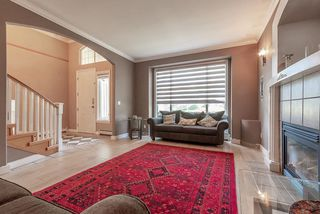 Photo 3: 8004 MELBURN Drive in Mission: Mission BC House for sale : MLS®# R2524317