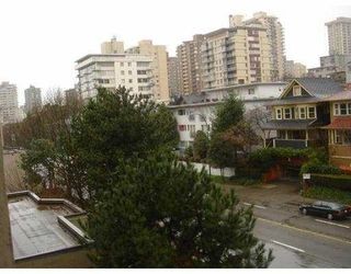"""Photo 10: 706 1040 PACIFIC Street in Vancouver: West End VW Condo for sale in """"CHELSEA TERRACE"""" (Vancouver West)  : MLS®# V693318"""