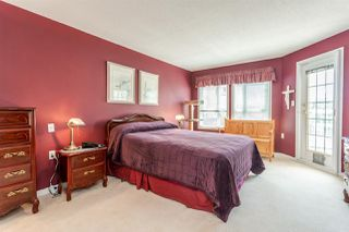 """Photo 12: 202 17740 58A Avenue in Surrey: Cloverdale BC Condo for sale in """"Derby Downs"""" (Cloverdale)  : MLS®# R2395191"""