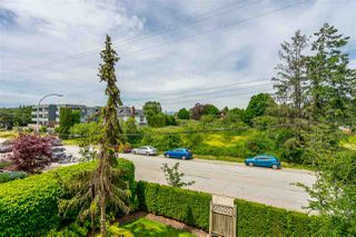 """Photo 18: 202 17740 58A Avenue in Surrey: Cloverdale BC Condo for sale in """"Derby Downs"""" (Cloverdale)  : MLS®# R2395191"""