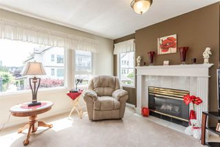 """Photo 5: 202 17740 58A Avenue in Surrey: Cloverdale BC Condo for sale in """"Derby Downs"""" (Cloverdale)  : MLS®# R2395191"""