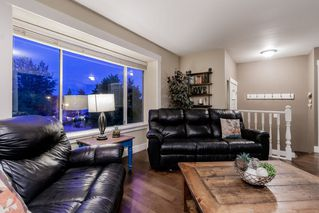 Photo 3: 1286 DAIMLER Street in Coquitlam: Canyon Springs House for sale : MLS®# R2400255