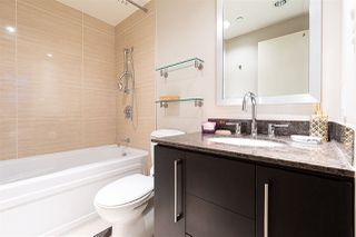 """Photo 7: 305 633 KINGHORNE Mews in Vancouver: Yaletown Condo for sale in """"ICON II"""" (Vancouver West)  : MLS®# R2419482"""