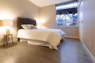 """Photo 8: 305 633 KINGHORNE Mews in Vancouver: Yaletown Condo for sale in """"ICON II"""" (Vancouver West)  : MLS®# R2419482"""