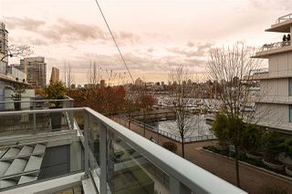 """Photo 10: 305 633 KINGHORNE Mews in Vancouver: Yaletown Condo for sale in """"ICON II"""" (Vancouver West)  : MLS®# R2419482"""