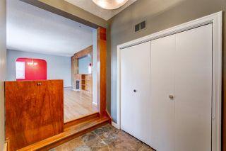 Photo 2: 10050 83 Avenue NW in Edmonton: Zone 15 House for sale : MLS®# E4186235