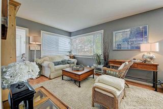 Photo 3: 933 PARKER Street: White Rock House for sale (South Surrey White Rock)  : MLS®# R2458398