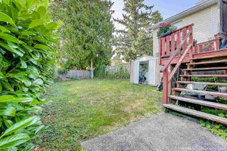 Photo 18: 933 PARKER Street: White Rock House for sale (South Surrey White Rock)  : MLS®# R2458398