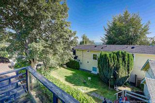 Photo 17: 933 PARKER Street: White Rock House for sale (South Surrey White Rock)  : MLS®# R2458398