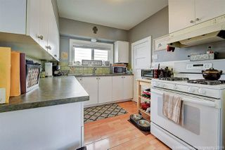Photo 10: 933 PARKER Street: White Rock House for sale (South Surrey White Rock)  : MLS®# R2458398