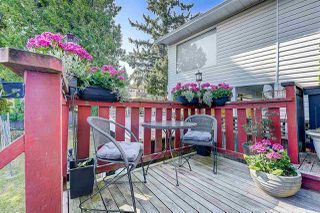 Photo 16: 933 PARKER Street: White Rock House for sale (South Surrey White Rock)  : MLS®# R2458398