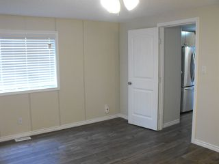 Photo 15: 5101 56 Street: Elk Point Manufactured Home for sale : MLS®# E4201634