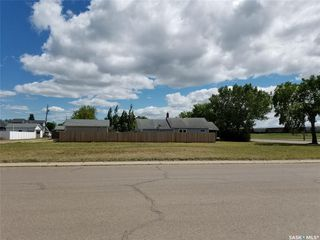 Photo 2: 201 1st Avenue East in Unity: Lot/Land for sale : MLS®# SK813512