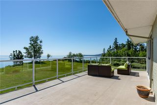 Photo 37: 3285 Livesay Rd in Central Saanich: CS Martindale House for sale : MLS®# 841868