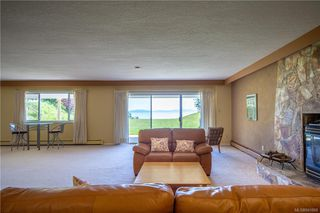 Photo 44: 3285 Livesay Rd in Central Saanich: CS Martindale House for sale : MLS®# 841868
