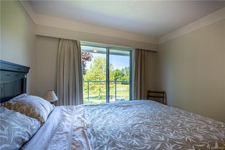 Photo 35: 3285 Livesay Rd in Central Saanich: CS Martindale House for sale : MLS®# 841868