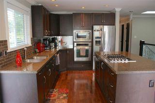 Photo 5: 555 55A STREET in Delta: Pebble Hill House for sale (Tsawwassen)  : MLS®# R2481635