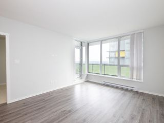 """Photo 2: 3008 6638 DUNBLANE Avenue in Burnaby: Metrotown Condo for sale in """"Midori by Polygon"""" (Burnaby South)  : MLS®# R2496874"""