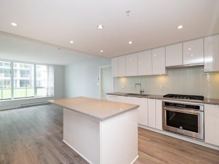 """Photo 7: 3008 6638 DUNBLANE Avenue in Burnaby: Metrotown Condo for sale in """"Midori by Polygon"""" (Burnaby South)  : MLS®# R2496874"""