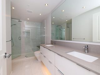 """Photo 12: 3008 6638 DUNBLANE Avenue in Burnaby: Metrotown Condo for sale in """"Midori by Polygon"""" (Burnaby South)  : MLS®# R2496874"""