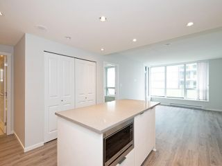 """Photo 6: 3008 6638 DUNBLANE Avenue in Burnaby: Metrotown Condo for sale in """"Midori by Polygon"""" (Burnaby South)  : MLS®# R2496874"""