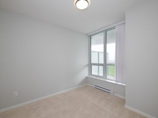 """Photo 13: 3008 6638 DUNBLANE Avenue in Burnaby: Metrotown Condo for sale in """"Midori by Polygon"""" (Burnaby South)  : MLS®# R2496874"""