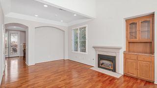 Photo 7: LA JOLLA House for sale : 3 bedrooms : 8112 Gilman Ct