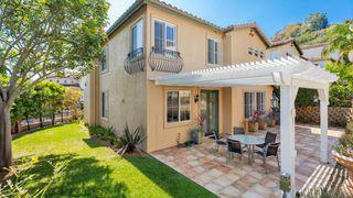Photo 3: LA JOLLA House for sale : 3 bedrooms : 8112 Gilman Ct