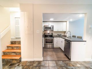 """Photo 8: 105 1922 W 7TH Avenue in Vancouver: Kitsilano Townhouse for sale in """"MAPLE GARDENS"""" (Vancouver West)  : MLS®# R2506845"""